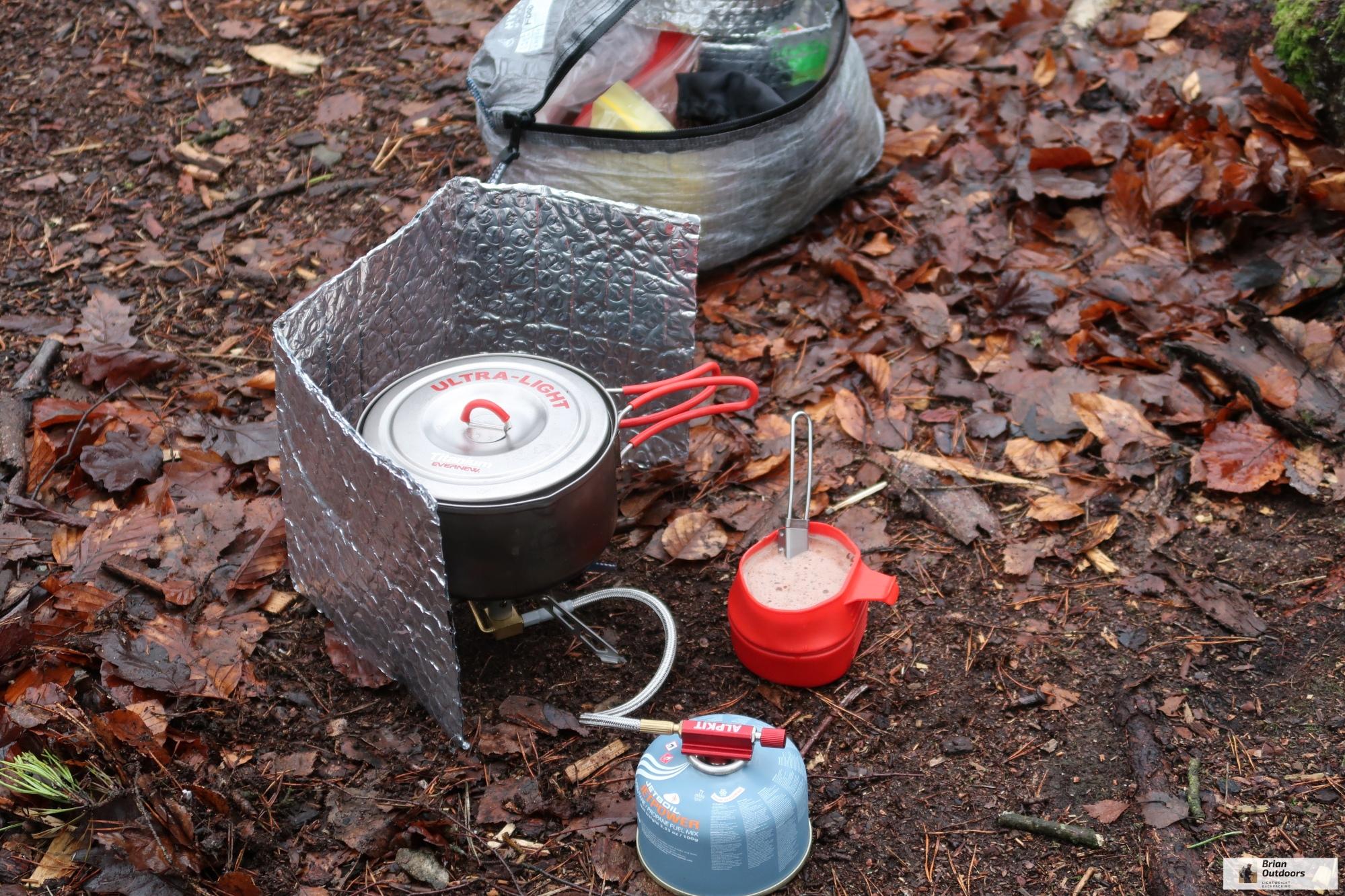 alpkit koro gas camping//hiking stove titanium mountaineering stove